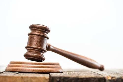 Delito De Estafa. Alzamiento De Bienes. . Juicio penal. Ciudadano Holandés en España