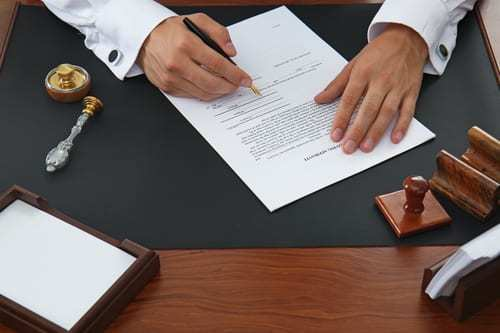 Falta De Acometida De Luz Incumplimiento Contrato Compraventa  Resolución