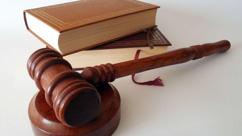 Nulidad Sentencia  Indefensión  Subsanación Poder  División Cosa Común