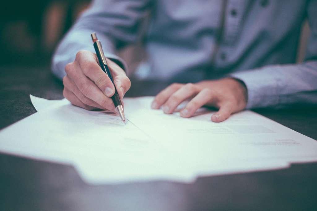 escrituración sin licencia