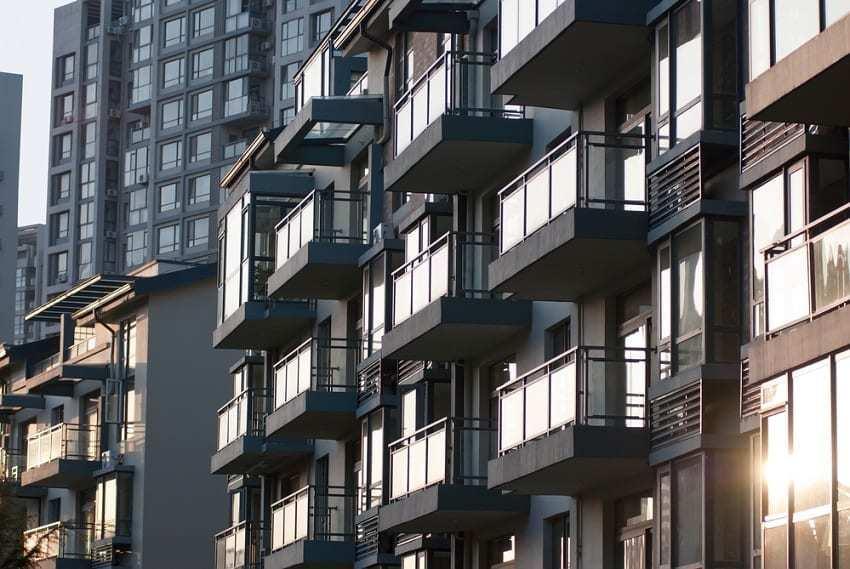 cooperativa de viviendas construcción - reclamaciones por daños construcción