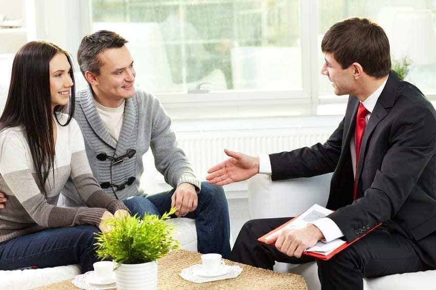 Contrato de Arras, hablando con agente inmobiliario