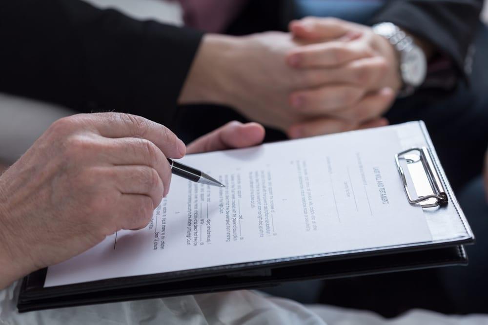 Analizamos los principales pros y contras entre heredar o donar casas